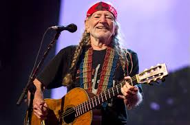 "Sergio como Willie Nelson: ""On the Road Again"""